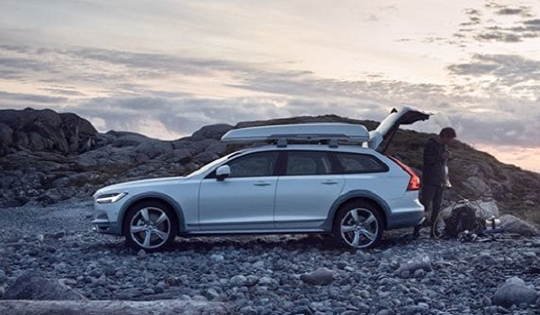 The Volvo V90 Cross Country Volvo Ocean Race is fitted with recycled nylon car mats